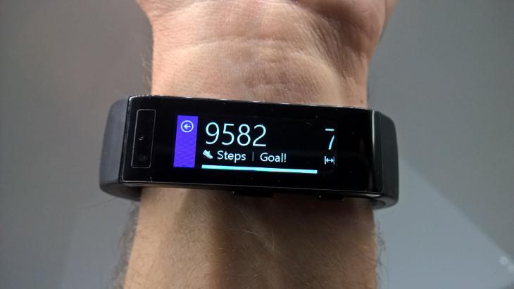 Microsoft Band - dzienne informacje o aktywności