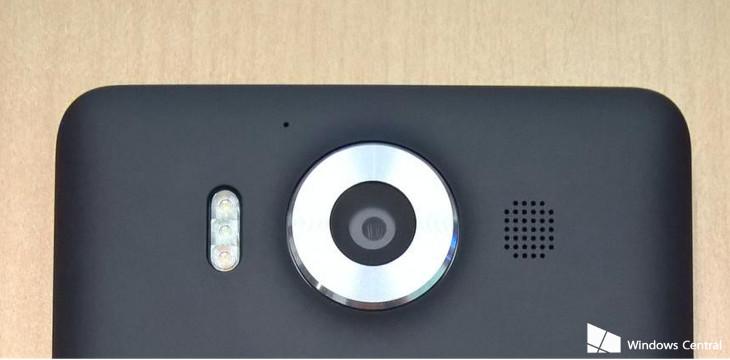 Lumia 950 potrójna lampa LED
