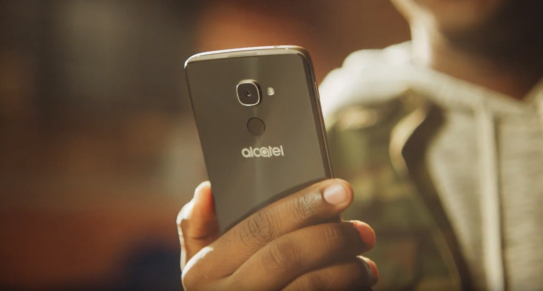 Alcatel IDOL 4S z Windows 10 Mobile