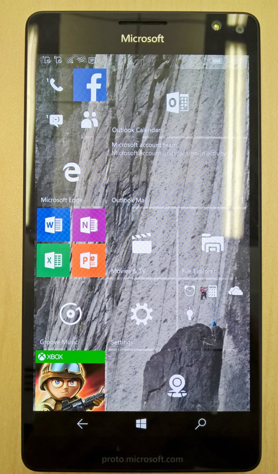 Lumia 950 przód