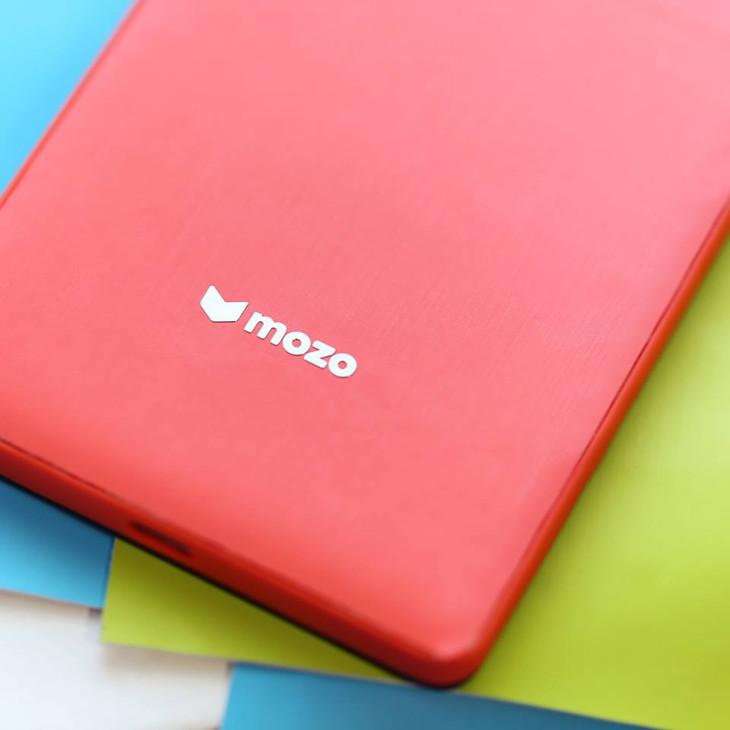 Kolorowe etui Mozo dla Lumia 950 / XL